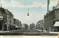 Main Street looking north, Grinnell, Iowa