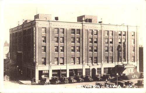 Hotel Maytag Newton Iowa