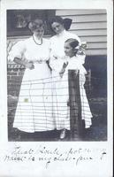 Women and girl, Belle Plaine, Iowa