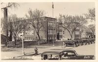 Junior high school building, Newton, Iowa