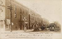 (All Cars Stop at Talbott's) Broad St. N. From 4th Ave., Grinnell, Iowa