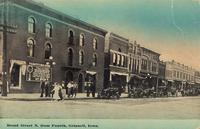 Broad Street north from Fourth [Avenue], Grinnell, Iowa