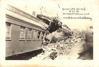 Wrecked pullman and coach ground to kindling, train wreck, March, 21, 1910, Green Mountain, Iowa