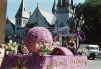 Bates Flowers Float in the 1949 Grinnell Day Parade