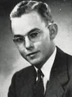 Edward Shackelford '43
