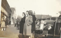 Louise Skidmore and Hilda Heistman on Jackson Street