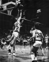 Men's Basketball Grinnell vs Cornell 1976