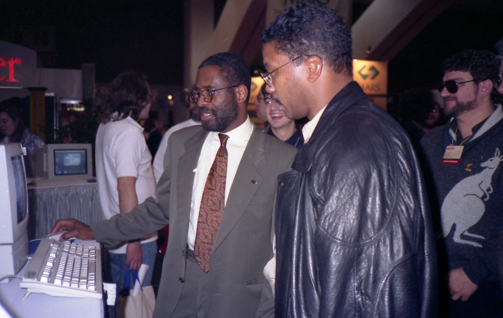 Dartanyan Brown demonstrating CE software for jazz great Herbie Hancock at the MacWorld Expo, Hancock was one of the earliest musicians to explore the intersection of jazz and technology